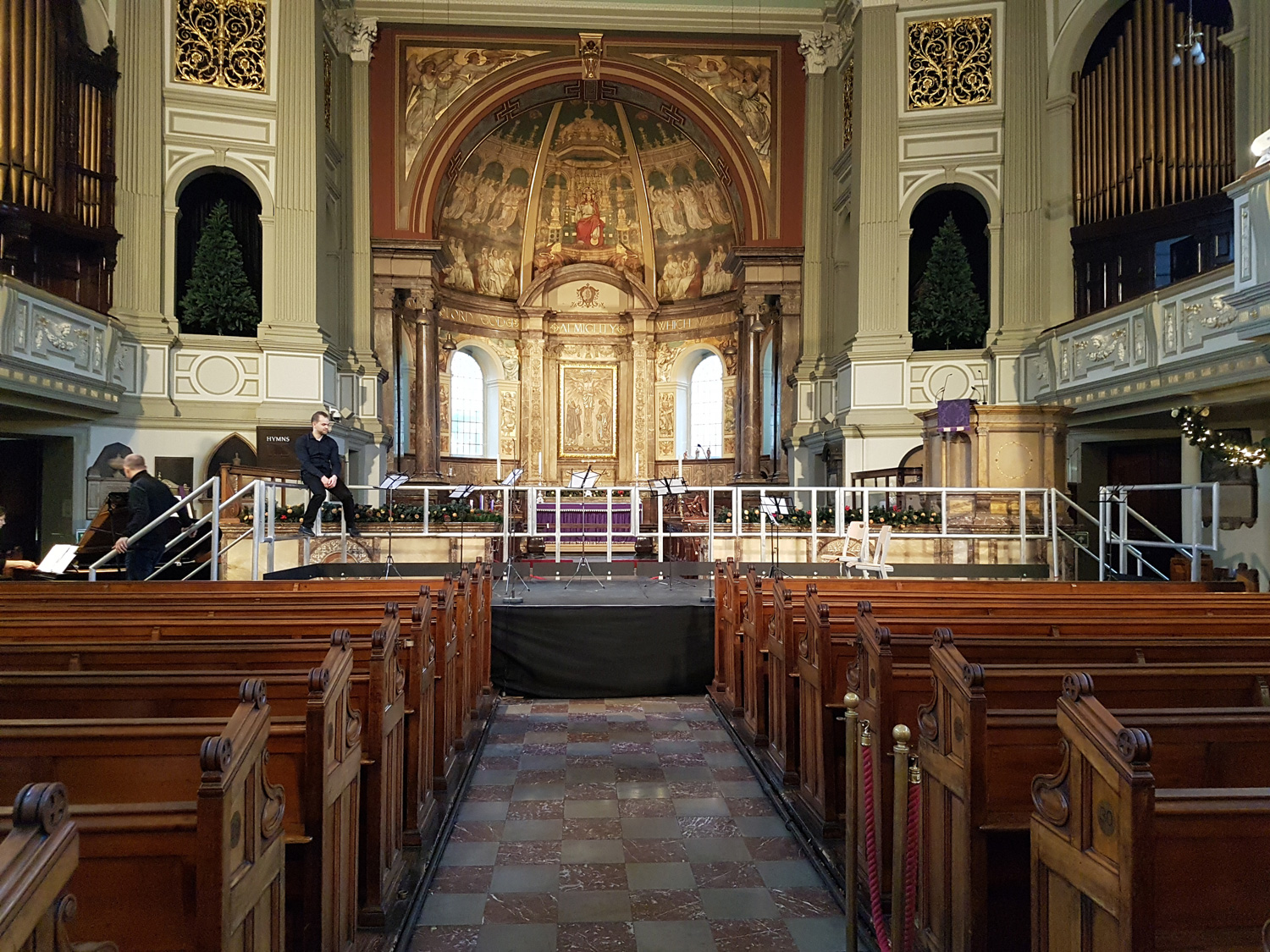 Image of St Marylebone Church inside